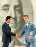 handshaking успешные 2 бизнесменов Стоковое фото RF