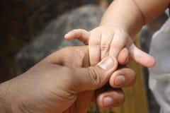 Handskaka med känslor Fotografering för Bildbyråer