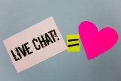 Handskrifttext som skriver Live Chat Motivational Call Begreppet som betyder realtidsmassmediakonversation meddelar direktanslute Royaltyfria Foton