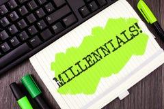 Handskrifttext som skriver Millennials Motivational appell Menande utveckling Y som för begrepp uthärdas från 80-tal till 2000s s Royaltyfria Foton