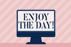 Handskrifttext tycker om dagen Begrepp som betyder den lyckliga livsstilen för njutning som kopplar av Tid royaltyfri illustrationer