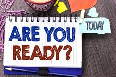 Handskrifttexthandstil är dig ordnar till fråga Begreppsbetydelsen är förberett motiverat varnat medvetent skriftligt för beredsk royaltyfria bilder