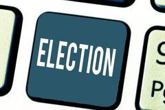 Handskrifttextval Röstar det formella och organiserade valet för begreppsbetydelsen förbi demonstrering för politiskt kontor arkivfoton