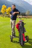 Handsome golf player Royalty Free Stock Photos