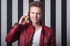 Handsome man on the phone Royalty Free Stock Photography