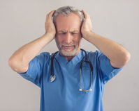 Handsome mature doctor Royalty Free Stock Photography