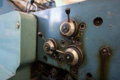 Handspakar från en gammal maskin Arkivfoto
