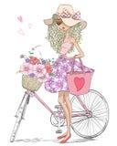 Handsteht gezogenes schönes, nettes Mädchen nahe Fahrrad mit einem Korb voll von Blumen stock abbildung