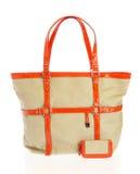 Handtasche der Damen auf einem weißen Hintergrund Stockbild