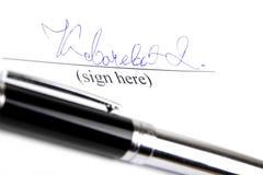 Handtekening en pen Royalty-vrije Stock Foto