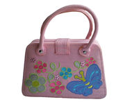 Handväska för den unga kvinnan av mode Fotografering för Bildbyråer