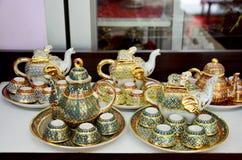 Handwerk Benjarong ist traditionelles thailändisches die fünf grundlegendes Farbart pott Lizenzfreies Stockbild