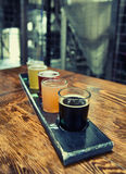 Handwerks-Bier-Flug Stockfotos