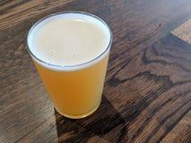 Handwerks-Bier-Probieren-Flug lizenzfreie stockbilder