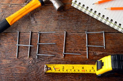 Handwerkzeuge und Werkbank-Hintergrund Lizenzfreie Stockfotografie