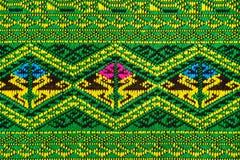 Handwoven Gewebe der Gewebefarbeantike, natürliche Färbungsgewebe, schöne Farben, schöne Gewebe, alte Modegewebeseide thailändisc Lizenzfreies Stockfoto