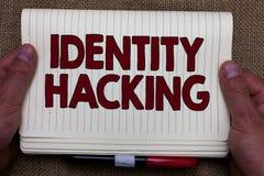 Handwriting tekst pisze tożsamości Siekać Pojęcia znaczenia przestępca który kraść twój informację osobistą używać malware obrazy stock