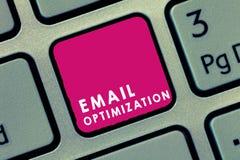 Handwriting teksta emaila optymalizacja Pojęcia znaczenie Maksymalizuje skuteczność kampania marketingowa fotografia stock