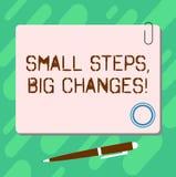 Handwriting teksta Małych kroków Duże zmiany Pojęcia znaczenie Robi małym rzeczom osiągać wielkiego celu pustego miejsca kwadrat ilustracji