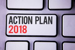 Handwriting teksta plan działania 2018 Pojęcia znaczenie Planuje cel aktywność życia celów ulepszenia rozwój pisać na białym ke Zdjęcie Stock