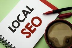 Handwriting teksta writing miejscowy Seo Pojęcia znaczenia wyszukiwarki optymalizacja strategia Optymalizuje Lokalnych znalezisk  obrazy stock