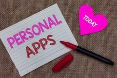 Handwriting teksta writing ogłoszenie towarzyskie Apps Pojęcia znaczenia organizatora Online kalendarza dane kawałka notatnika In zdjęcia stock