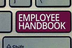 Handwriting teksta writing pracownika podręcznik Pojęcia znaczenia dokument który zawiera procedury operacyjne firma obrazy stock