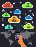 Handy-internationales Durchstreifen und Teamwork Stockfotos