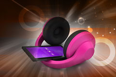 Handy mit Kopfhörern Stockfotos