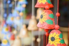 Handycrafts en céramique dans les boutiques le long de la route principale de San Juan Oriente dans les montagnes entre Grenade e Images libres de droits