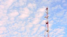 Handykommunikationscelullar Radioturm, Mikrowellenantenne, Übermittler stock video