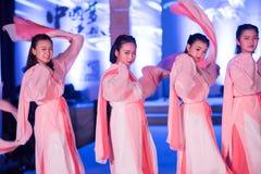 Hanfu舞蹈--打开的展示 免版税库存图片