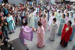 Hanfu chino del desgaste de mujeres Imagen de archivo