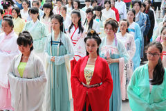 Hanfu chinois de l'usage de femmes Photos stock