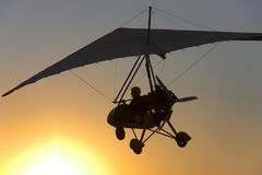 Hang glider flight Royalty Free Stock Images