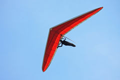 Hang glider flying Royalty Free Stock Photos