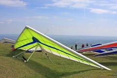 Hang Gliders stock afbeeldingen