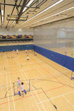 Hang Hau Sports Centre Badminton korridor i Hong Kong Royaltyfria Bilder