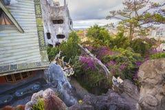 """Hang Nga Crazy House ± Hằng Nga, Da-Lat för thá för Biá"""" ‡ t"""" Royaltyfria Foton"""
