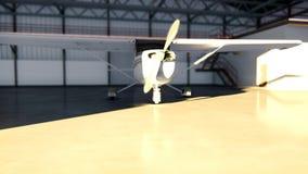 Hangaar voor vliegtuigen met vliegtuig bij zonnige de zomerdag stock videobeelden