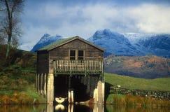 Hangar à bateaux. Secteur Cumbria R-U de lac Photographie stock libre de droits