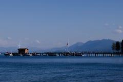 Hangar à bateaux sur le lac Tahoe Photographie stock libre de droits