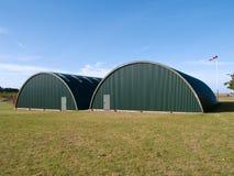 Hangar d'aéroport de base aérienne de l'Armée de l'Air Photos libres de droits