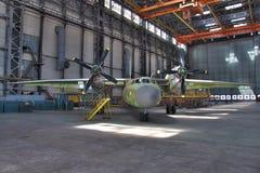 Hangar de la fabricación de los aviones Imagenes de archivo
