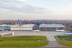 Hangar de los aviones en Hamburgo Imagen de archivo libre de regalías