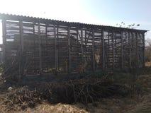 Hangar en bois photo libre de droits