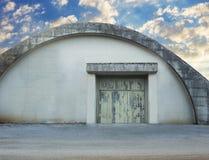 Hangar militaire abandonné Image libre de droits