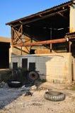 Hangar velho. Imagem de Stock