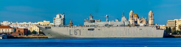 Hangarfartyg L-61 Juan Carlos mig Royaltyfria Foton