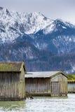 Hangars à bateaux au lac Kochelsee Photographie stock libre de droits